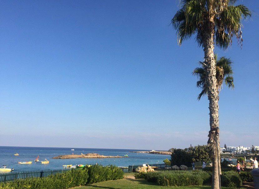 Kam s deťmi na výlet? Ostrov Cyprus a moje odporúčania - Pláž Protaras | Welcome Baby