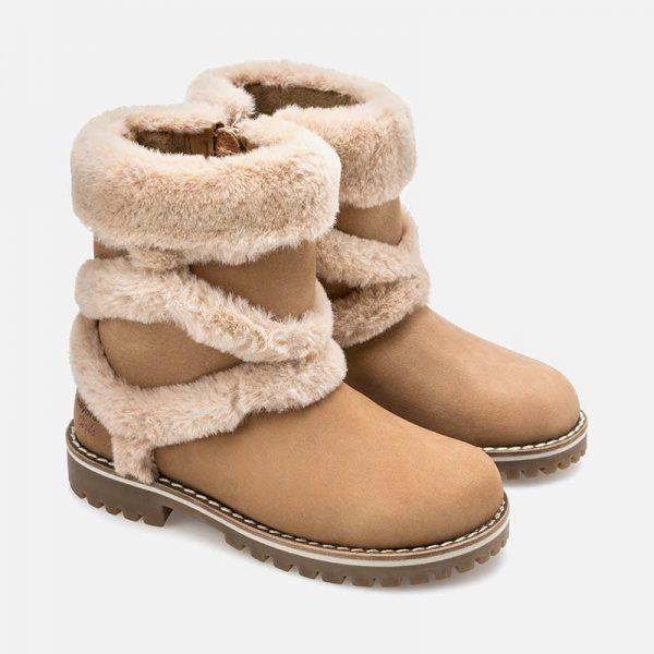 Dievčenské čižmy s kožušinou Mayoral hnedé | Welcomebaby.sk