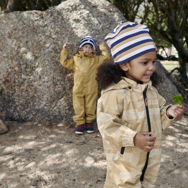 Chlapčenská obojstranná čapica REIMA Tanssi modrá | Welcomebaby.sk