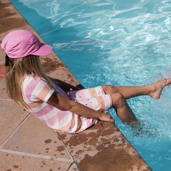Dievčenská predĺžená šiltovka proti slnku Reima octopus pink | Welcomebaby.sk