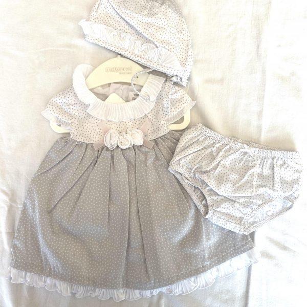 Šaty newborn s nohavičkami a čiapočkou Mayoral sivá | Welcomebaby.sk
