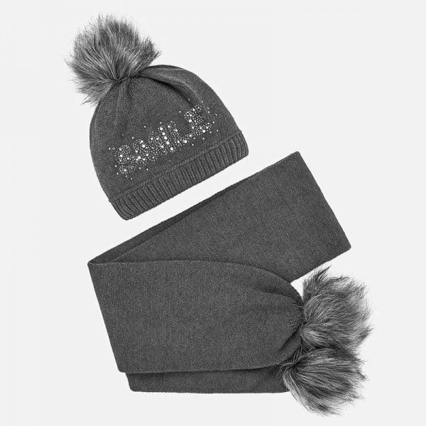 Dievčenský čiapkový 2-set – čiapka a šál Mayoral sivý | Welcomebaby.sk