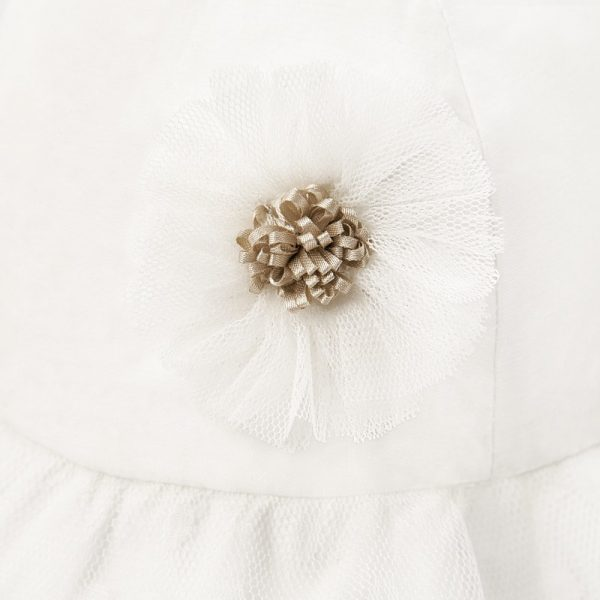 Sviatočný bavlnený klobúčik s kvetom zo sieťoviny Mayoral biely | Welcomebaby.sk