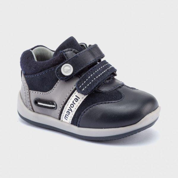 Chlapčenské kožené topánky na suchý zips Mayoral newborn tmavomodré | Welcomebaby.sk