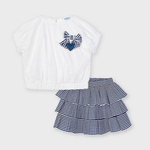 Pruhovaná nazbieraná sukňa s tričkom, 3D mašľou a 3D srdcom Mayoral tmavomodrá a biela   Welcomebaby.sk