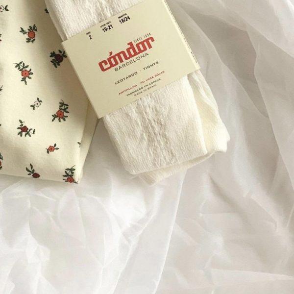 Dievčenské pančuchy s bočným otvoreným vzorom Cóndor maslové | Welcomebaby.sk
